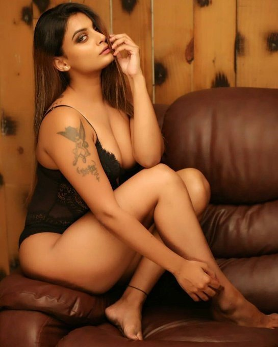 High Profile Escorts Girl